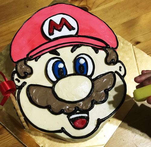 人気マリオの誕生日ケーキ