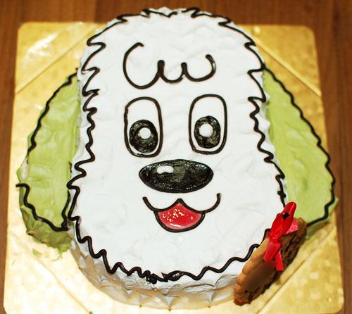 ワンワンの誕生日ケーキ