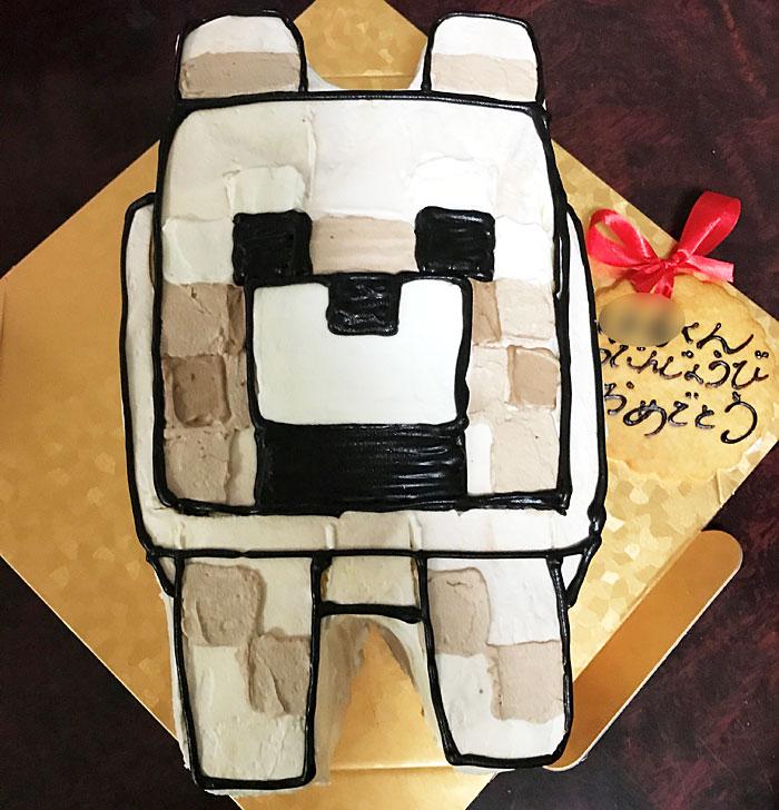マイクラのオオカミの誕生日ケーキ